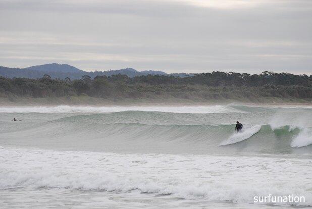 Arrawarra Beach surfing