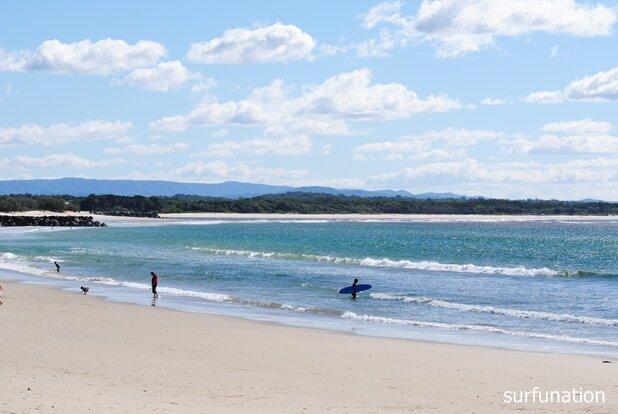 Noosa Main Beach looking west