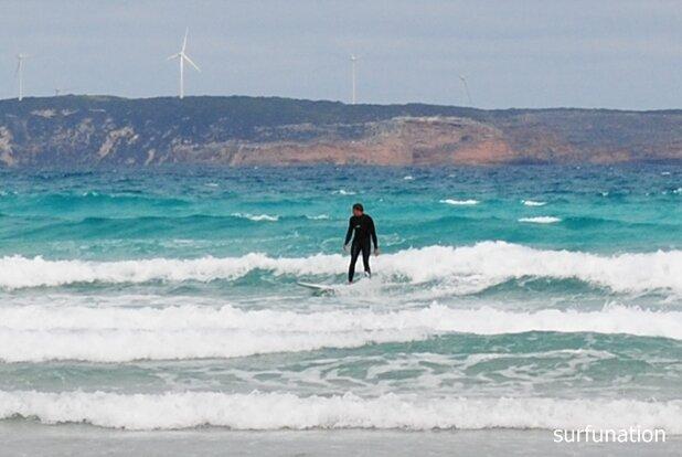 Bridgewater Bay surfing