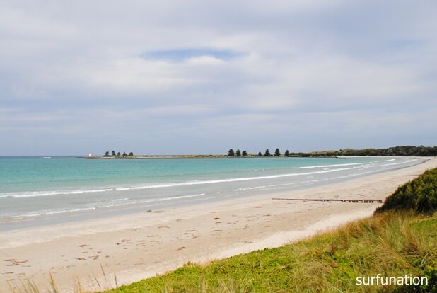 Port Fairy Beach looking west
