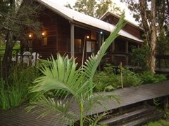 Melaleuca Surfside Backlpackers Port Stephens